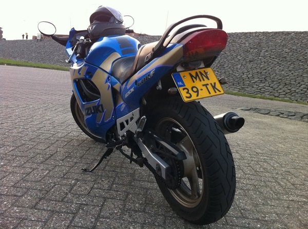 Kan weer toeren! Blij met m&#039;n motor! 