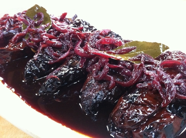 &quot;Mexico--One Plate&quot; shoot day 3: ricotta-stuffed ancho chiles with red onion-red wine escabeche