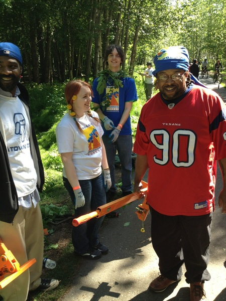 Wiping out weeds in Valley of the moon park in #Anchorage w/ @ChugachForestAK & #BraveNewVoices #Alaska team #weedwar