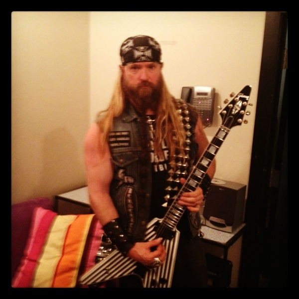 @reynolds61276 Happy BL B-DAY Father Chris!!!! ✞BLS✞SDMF