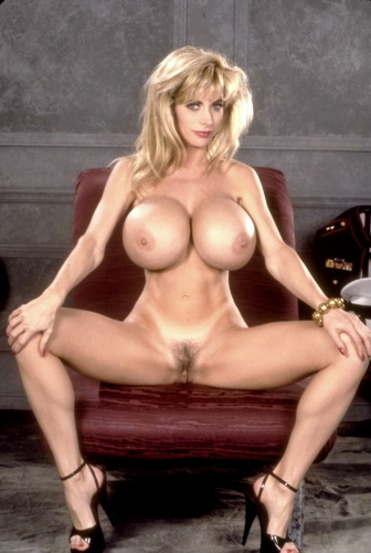 Strip clip sexy busty