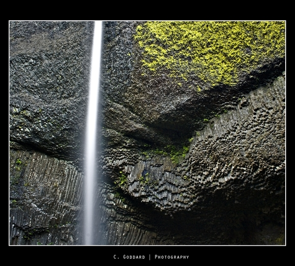 A shot of #Latourell Falls I did this past year. #waterfall #photography #photographer #photo