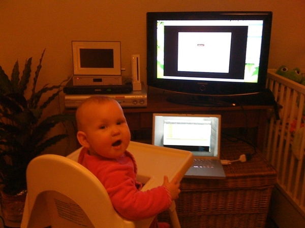 This here might be the youngest Android webinar attendant #androidjava