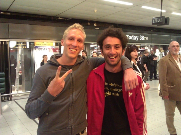 The lost boys zijn back! #Backpackers #australie @ schiphol
