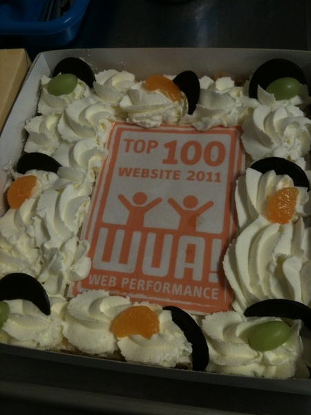 #easytobook says THANK YOU to #WUA for the lovely cake. @WouterBlok is going to miss it this time :)