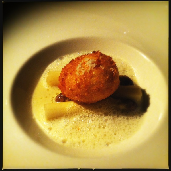 Starter: soft egg infused with truffle