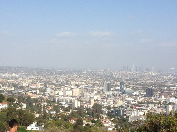 Smog layer pretty low. Still a cool view tho. #RunyonCanyon