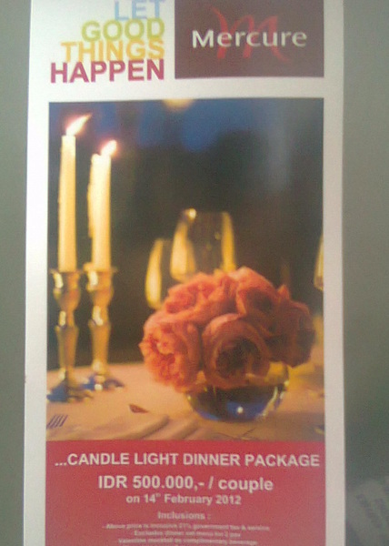 pas mkn sm @LyeeNaa tiba2 marketing hotelnya nawarin ini, candle light dinner mlm valentine, KITA COUPLE