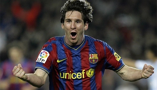 RT @BigMeeze @QuentinGroves you for Barça?~~~~~~>MESSI
