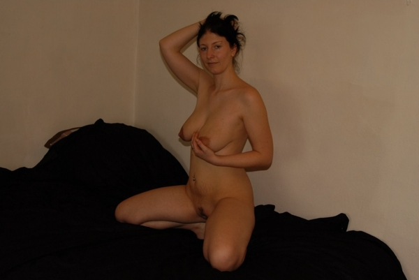 Hot milf french listening mp3 before sex 10