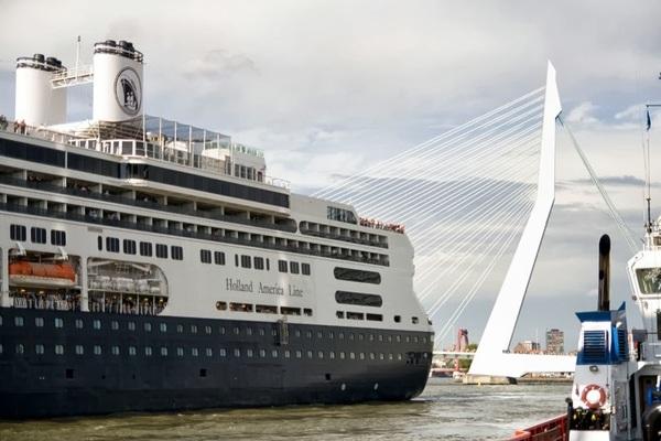 De #Rotterdam vertrekt (2). #wereldhavendagen