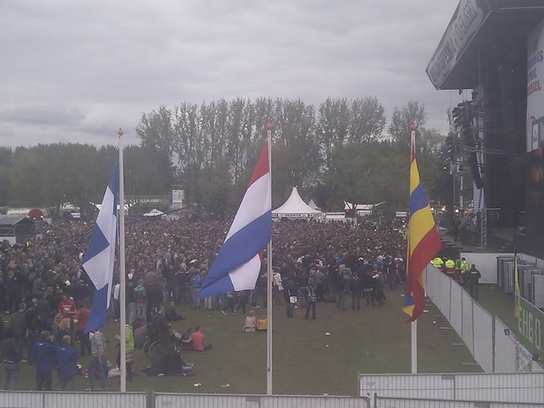 Wordt inmiddels gezellig druk op festivalterrein :) #bfo2012