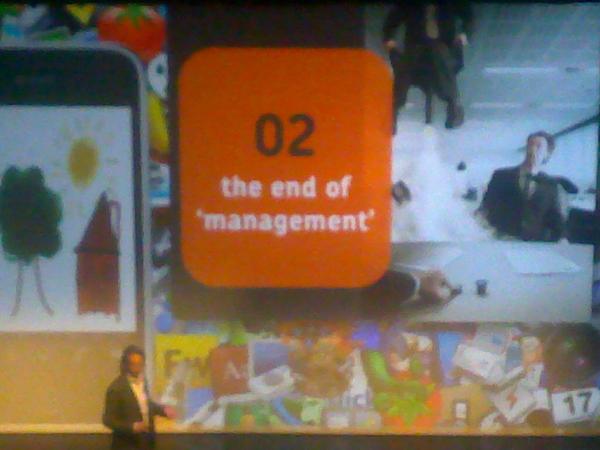 - Presentatie @mlanting over 'iedereen #CEO' en over de gevolgen vn #socialmedia op bedrijven. #ViNT #App