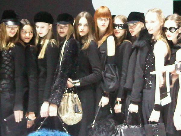 The Finale! Emporio Armani #MFW #Models #Catwalk