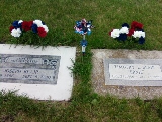 Happy Memorial Day Everyone R.I.P. Joe & Ernie ... Miss u both CB#: 2185566562