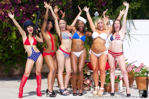 WaaWhooo.... . @xonicoleferrera @ChanellHeartxxx @LilyLustxx @ShaeSpreadzXXX @HeidiHoXXX and @_SummerRae_  by Rick Garcia (industrybyrick) on Mobypicture